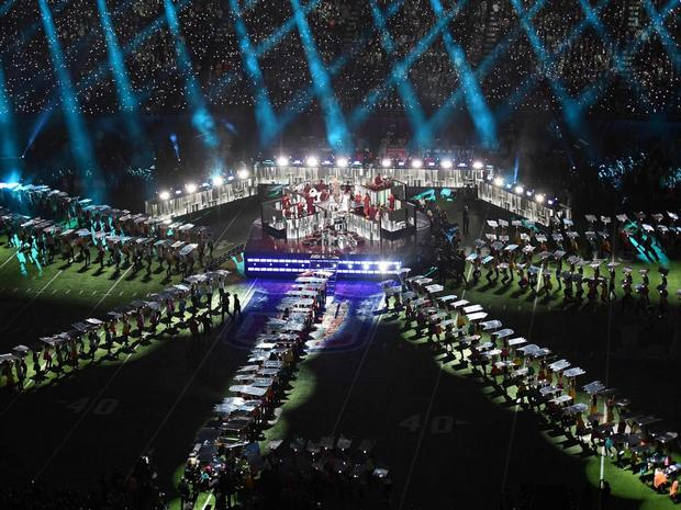 PNH Solutions Produces Stage Props For NFL Superbowl LII Half Time Show